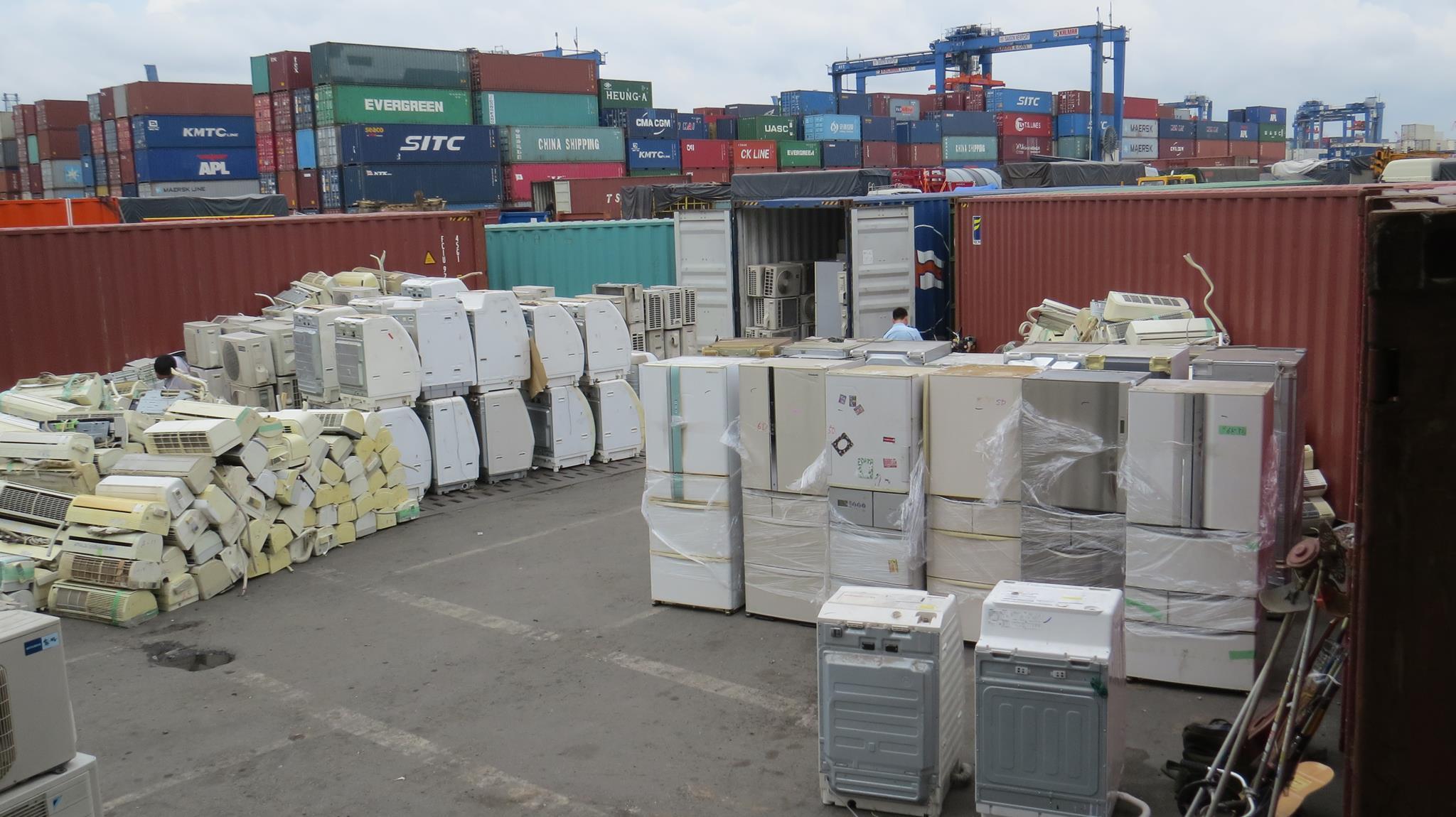 Sửa chữa tủ lạnh máy giặt điều hòa uy tín chuyên nghiệp giá rẻ nhất tại Hà Nội 0911464875